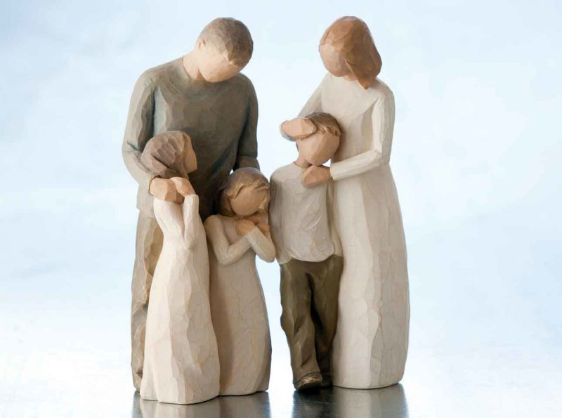 Willow Tree Mother And Son Figurine With Willow Tree Father And Daughters Figurine