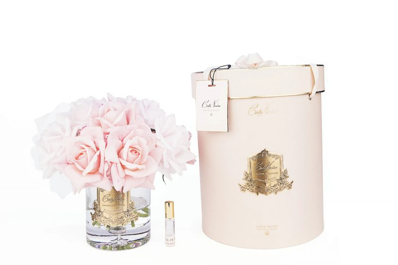 Cote Noire LTW06 Grand Bouquet Mixed Pink Roses Pink Box With Gold Crest